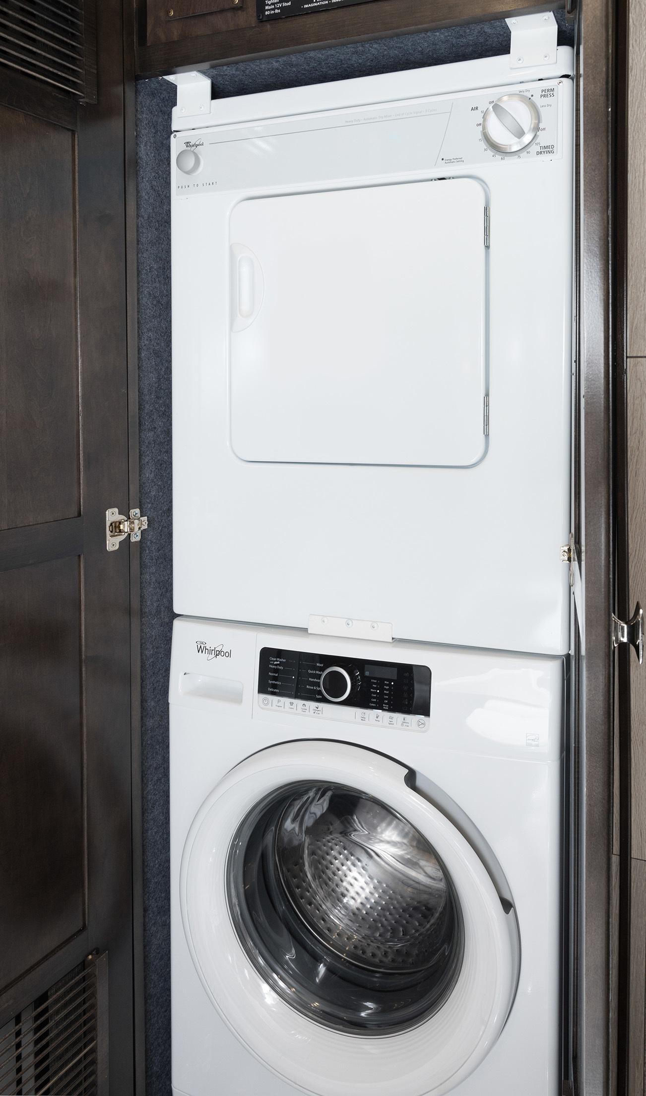 14 wash dryer 42 V REV Silverston Dorian1519