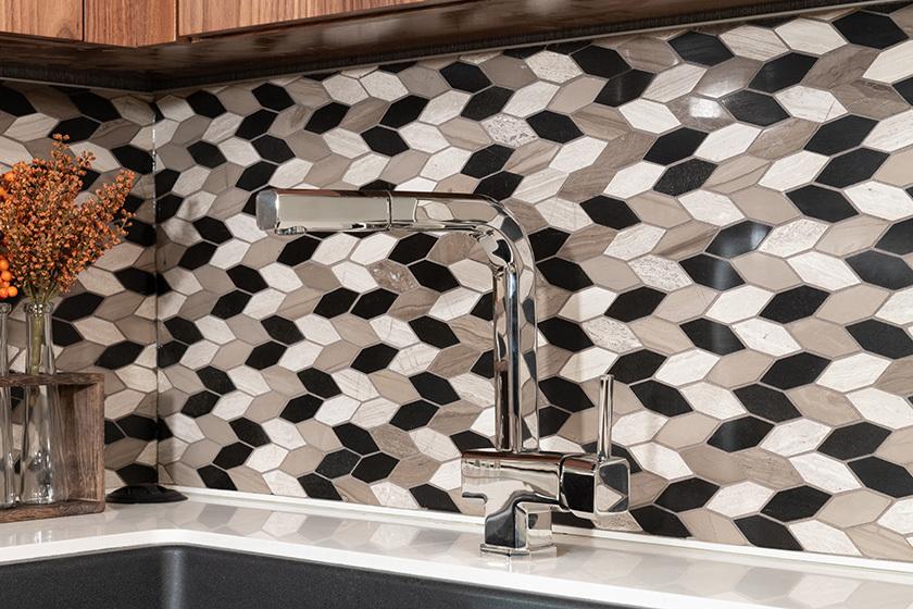 15 kit faucet backsplash eagle45k tranq blkwalnut4899