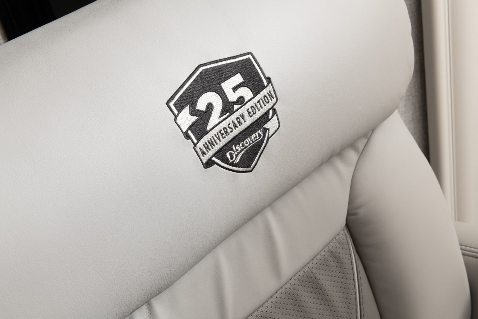 Discovery LXE 36HQ Autograph 25th Anniversary Edition MY21
