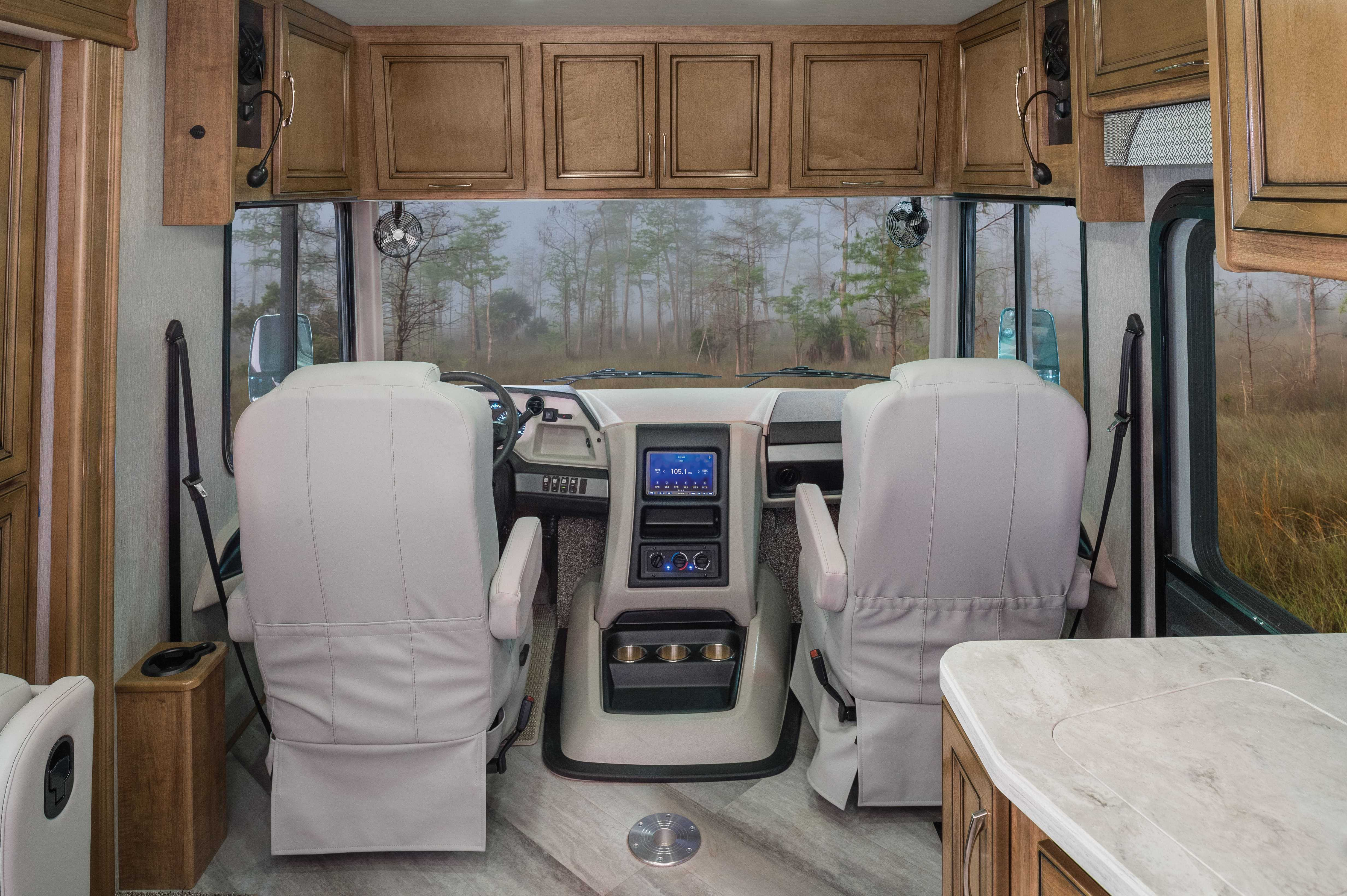 17 cabinetry abooveseat Bounder33 C MY22 Quicksilver E Chestnut1071 min