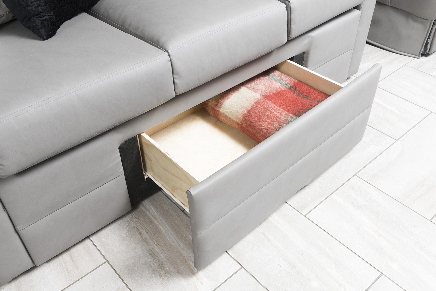 4 sofadrawer 42 V REV Silverston Dorian1691