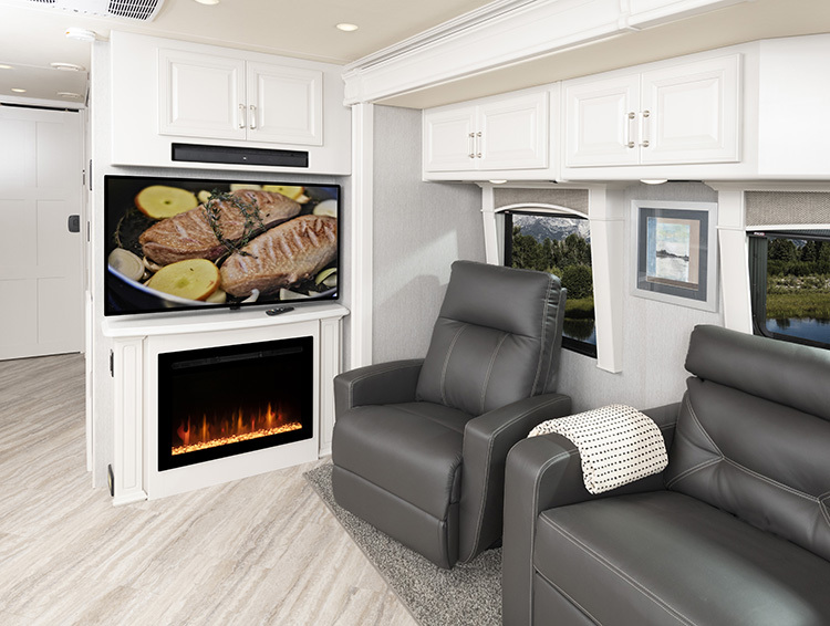PACE ARROW LXE 38F Alloy Decor with Heritage Cabinetry
