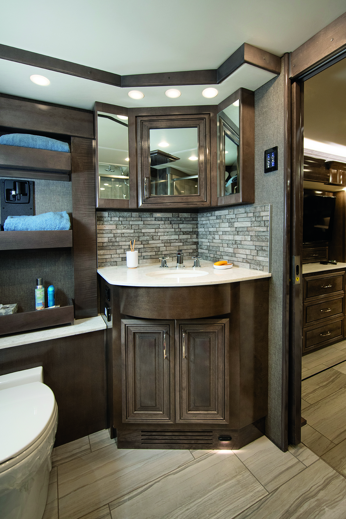 6 mastervanity Dream45 A Rockport SB5601