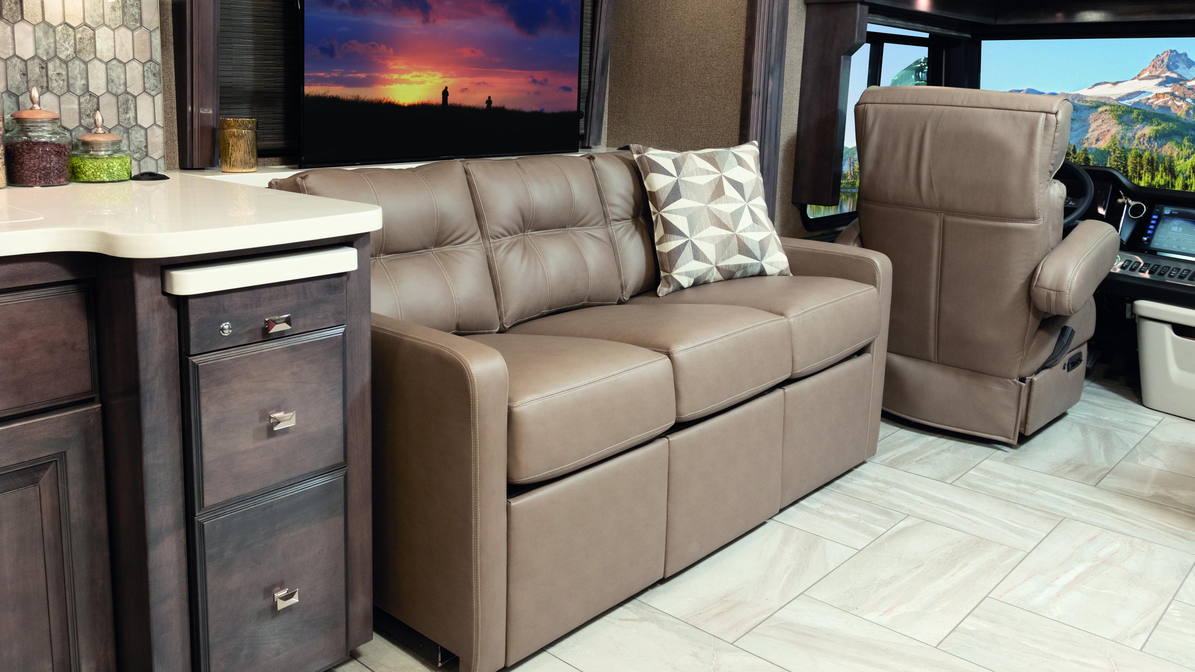 7 Sofa Driversidew TV Tradition42 V Salted Caramel SB Cab TVUP