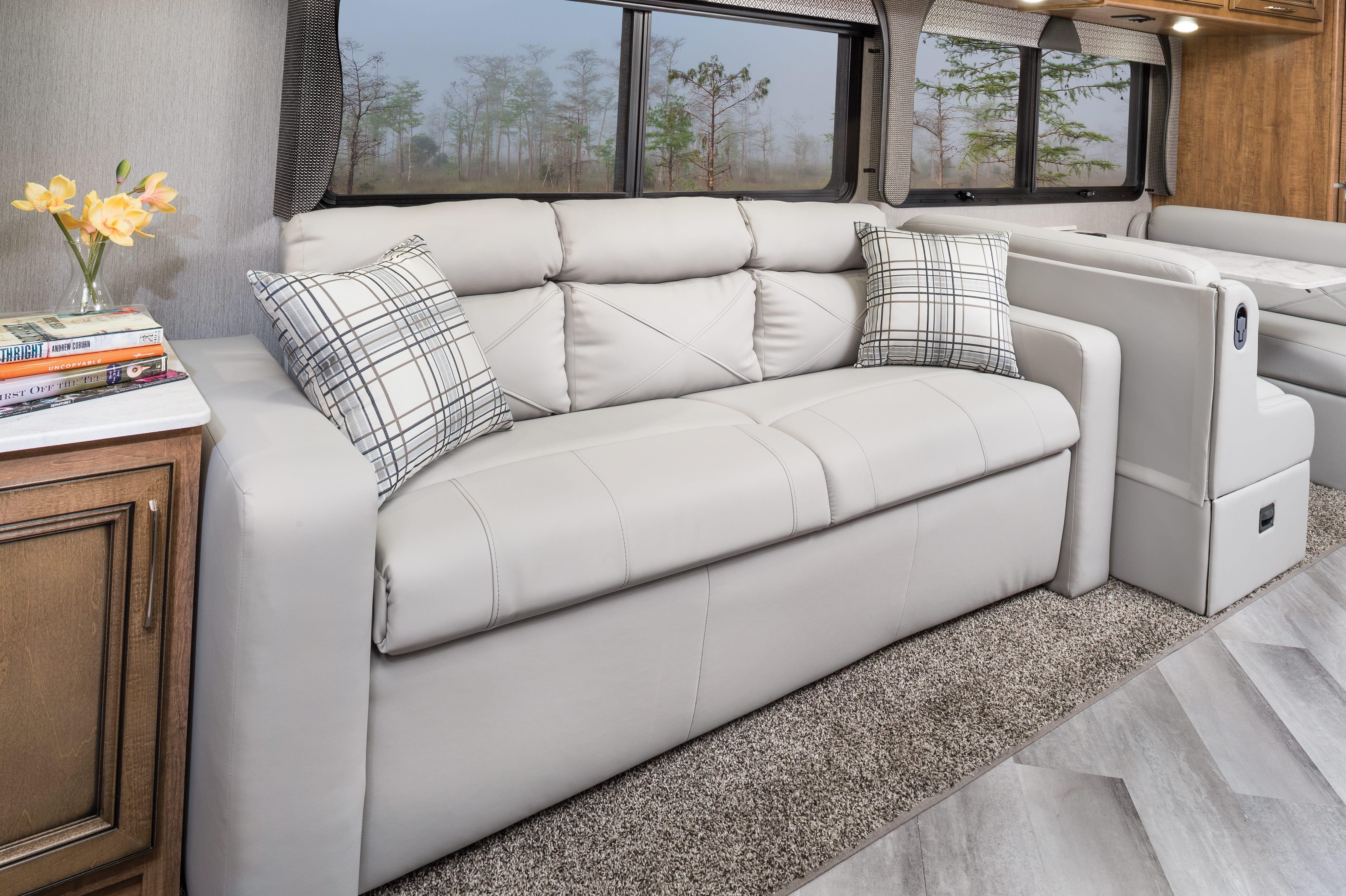 8 sofa Bounder33 C MY22 Quicksilver E Chestnut0958 copy min