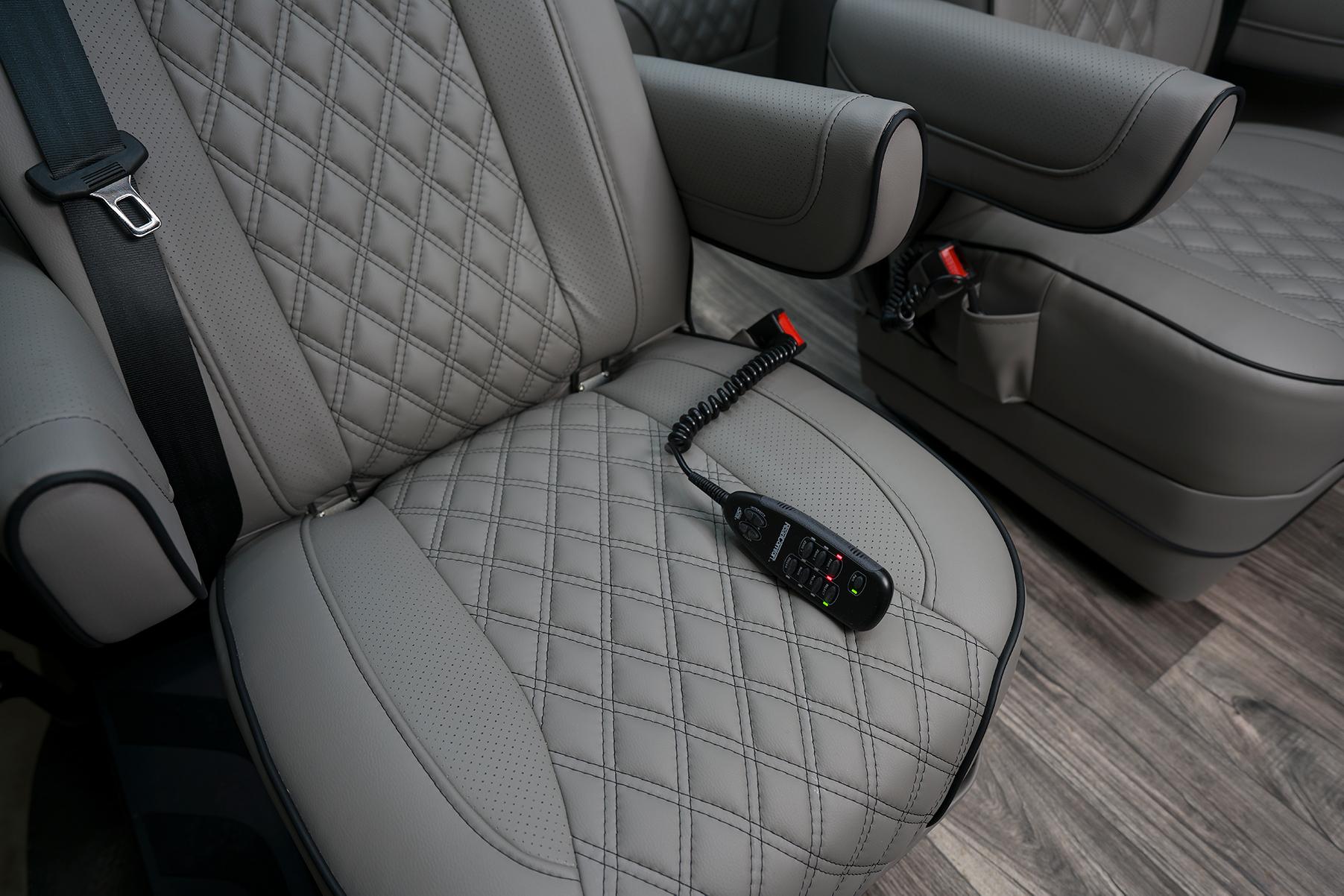 PC Patriot Cruiser Seat Control