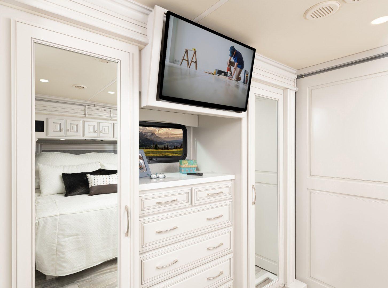 15 wardrobe Armada40 M Savannah Summit Ash8362 MY22