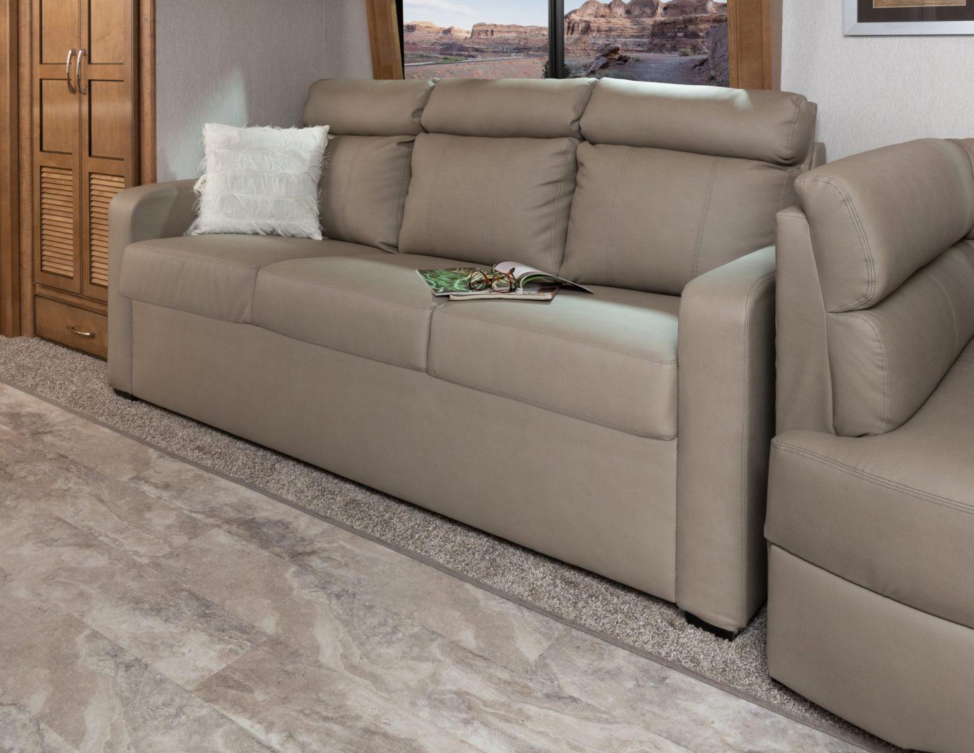 7 sofa Nav38 K Canvas Bouron MY22 110