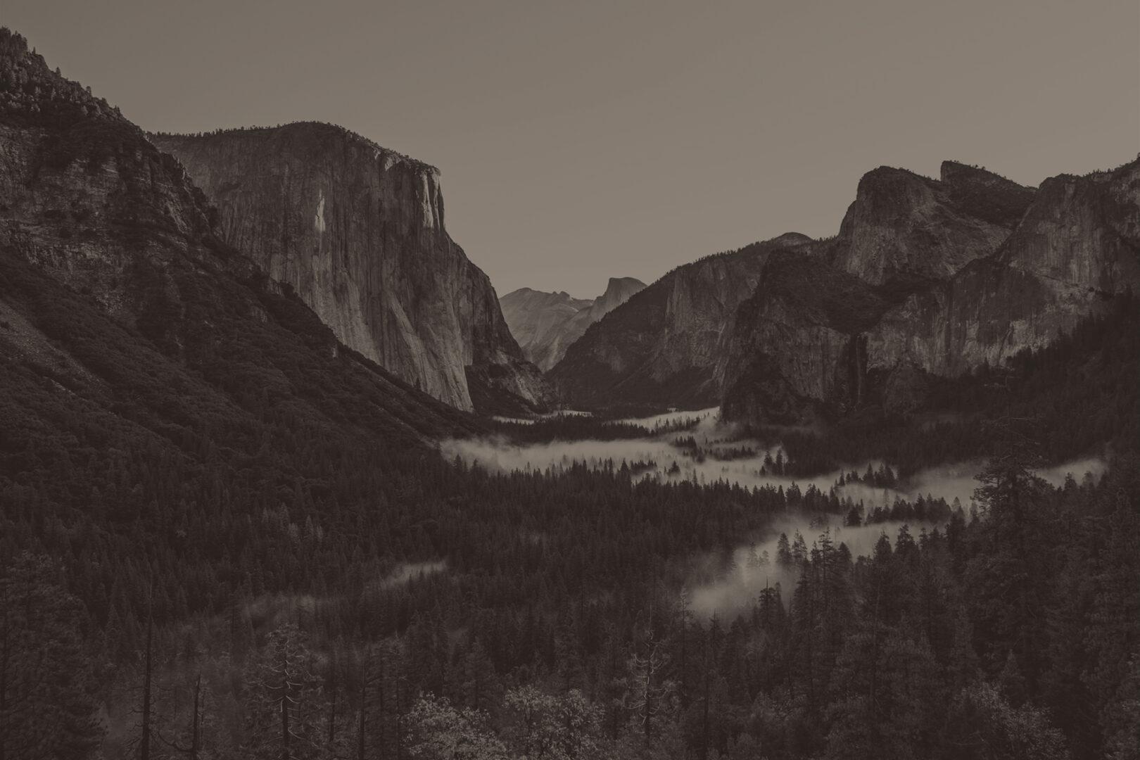 I Stock 585088796 Yosemited edited light