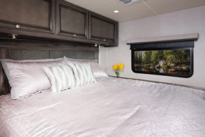 10 masterbed Admiral29 M moonscape whispwind680 MY21