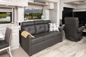 11 sofa Armada44 LE MY22 Savannah Summit Ash 2871window