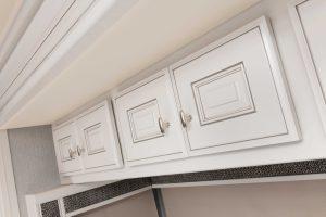 13 cabinetry Armada44 LE MY22 Savannah Summit Ash 2814