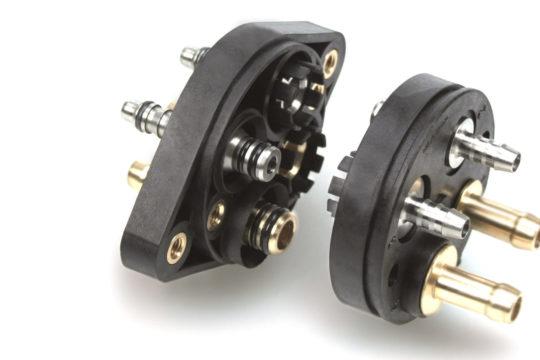 Bild056 Multi connector plate for SCR