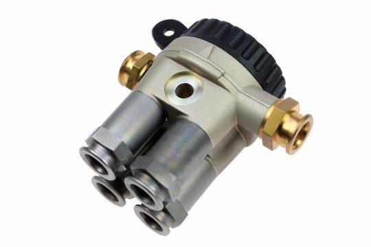 Six way switch valve